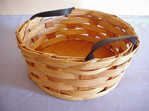 Amish Country Handmade Sewing Button Basket